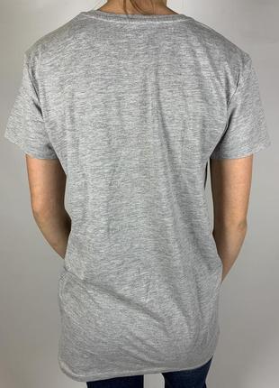 Серая футболка от ariana grande4 фото