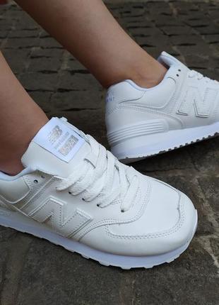 Белые женские кроссовки new balance3 фото