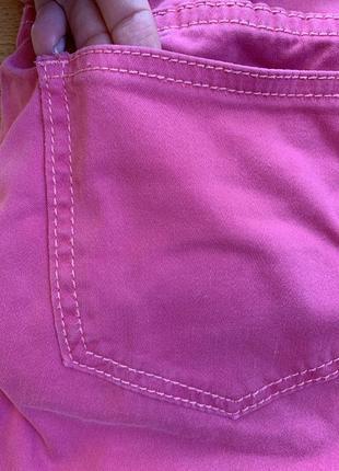 Укорочені рожеві джинси батал4 фото