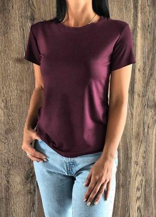Женская футболка1 фото