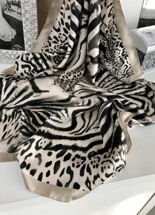 Новый итальянский платок с тигровым принтом2 фото