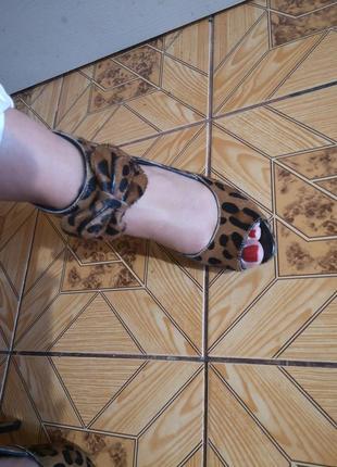 Кожаные туфли, босоножки
