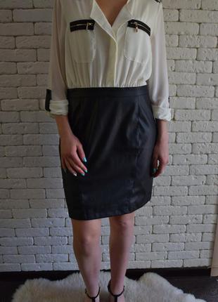 Красивое офисное платье с кожзамовой юбкой morgan