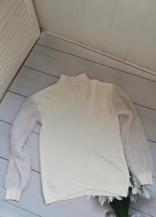 Модный свитер под горло свободный фасон пушистые рукава размер хс-с6 фото