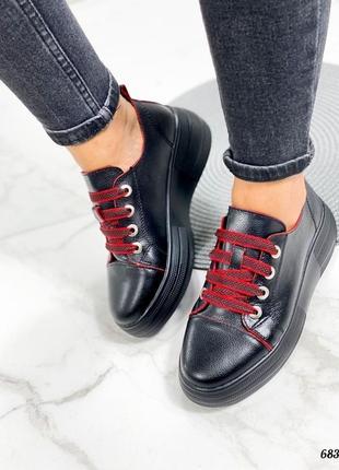 Кроссовки 👟 женские чёрные натуральная кожа красные шнурки2 фото