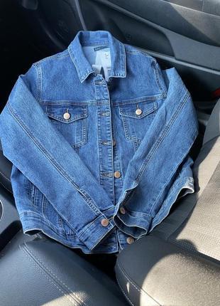 Джинсовая куртка1 фото
