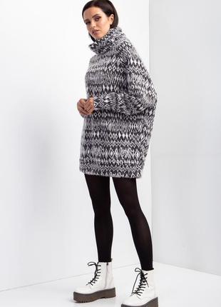 Трикотажный свитер с воротником хомут3 фото