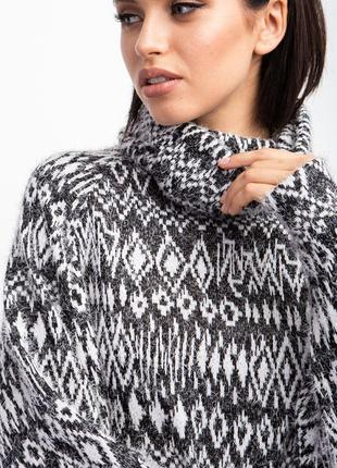 Трикотажный свитер с воротником хомут4 фото