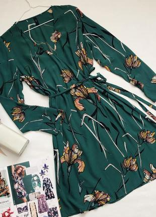 Платье на запах в цветы1 фото