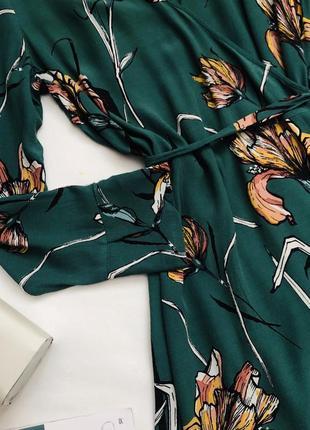 Платье на запах в цветы2 фото