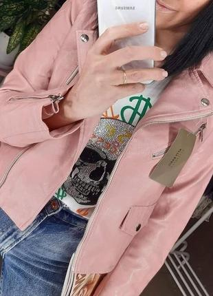 Крутая косуха розовая кожанка пудра куртка экокожа4 фото