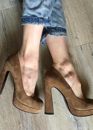 Туфли из натур. замши песочного цвета 37-38р.