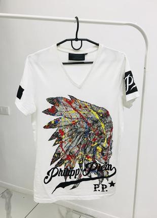 Оригинальная мужская футболка в стразах от лакшери бренда phillip plein