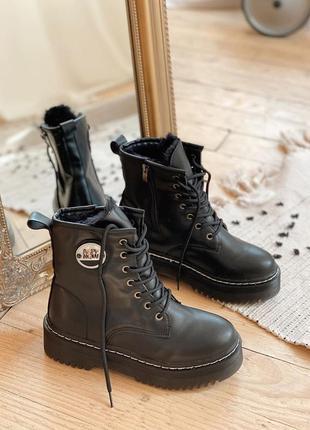 Зимние ботинки черные экокожа на платформе на шнуровке