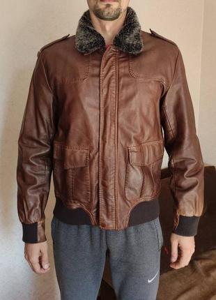 Клевая куртка colin's
