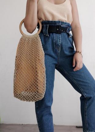Необычная супер стильная плетеная сумка -мешок на деревянной ручке