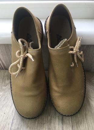 Нереально стильные супер качественные фирменные желто-песочные туфли-ботинки