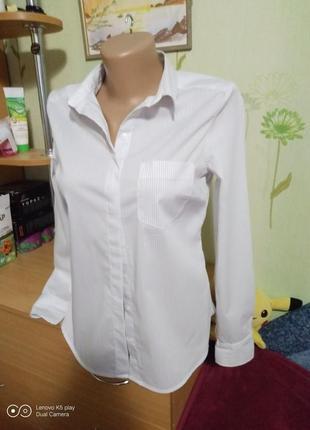 Шикарная белоснежная рубашка в тонкую полосочку-xxs-xs-s--160\80a- h&m-в состоянии новой