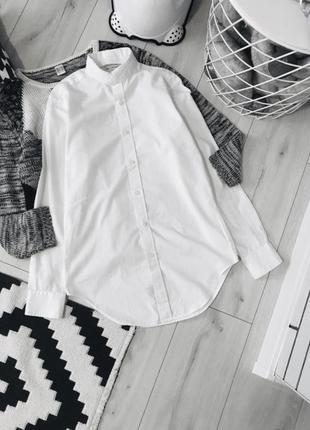 Актуальная белая рубашка сорочка базовая