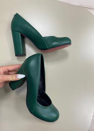 Туфли на устойчивом каблуке кожа замш