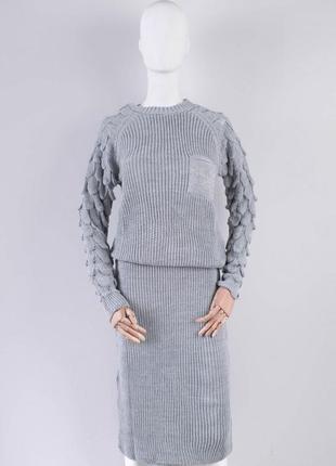 Женский юбочный костюм