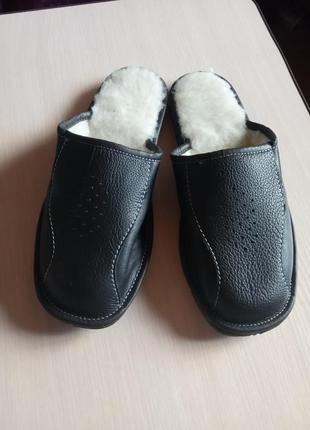 Мужские теплые кожаные тапочки