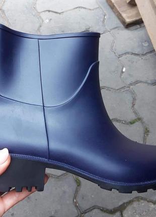 Гумові чобітки 💜