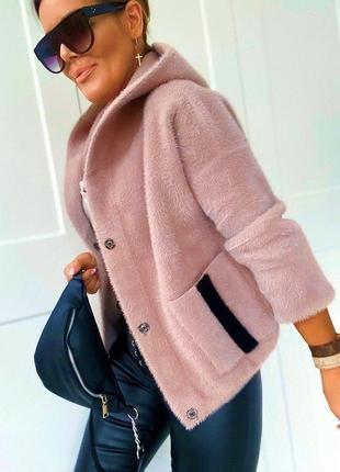 Курточка из натуральной шерсти