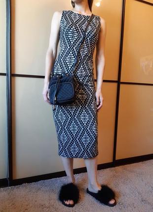Распродажа! демисезонное платье по фигуре в принт от new look