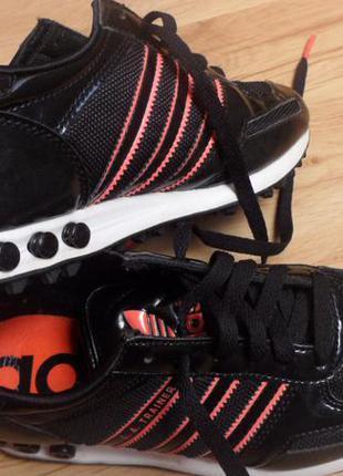 Кроссовки adidas, размер 37.5