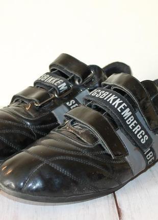 Кожаные кроссовки bikkembergs 44 размер 100% натуральная кожа