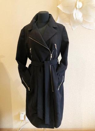 Пальто чёрное косуха осень тёплое классическое стильное