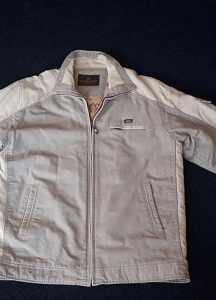 Мужская осенняя куртка с вельветовыми вставками