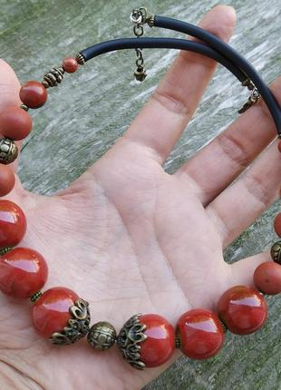 Керамічне намисто - чокер з червоною яшмою