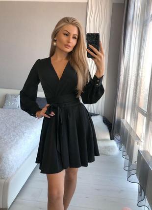 Воздушное чёрное платье