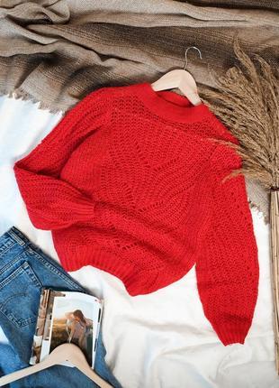 Красный вязаный свитер оверсайз с объемными рукавами
