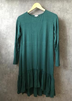 Трикотажное изумрудное платье
