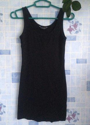Короткое черное платье-майка