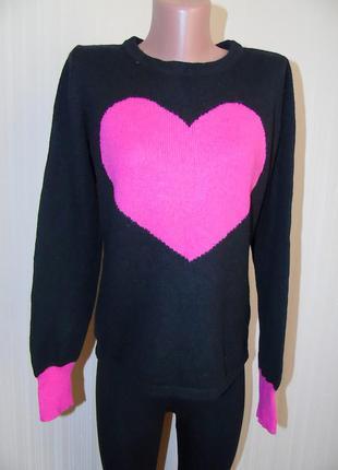 Красивый мягенький свитерок с сердцем
