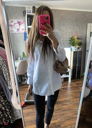 Удлинённая  белая рубашка