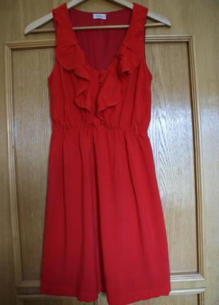 Красное платье pull&bear