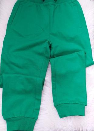 Спортивні штани 116