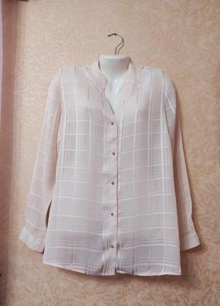 Блуза-рубашка.