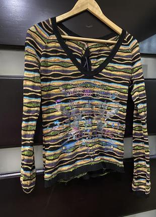 Очень интересный шерстяной свитер кофта