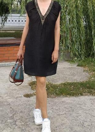 Оригинал черное шёлковое платье с цепочками бренд р. 38, 40