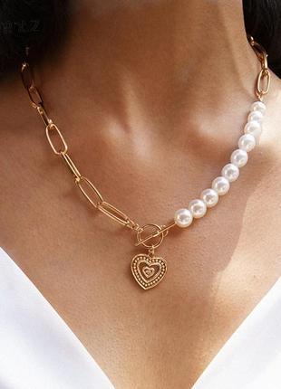 Ожерелье колье чокер цепочка золотистая с жемчугом с подвеской сердце
