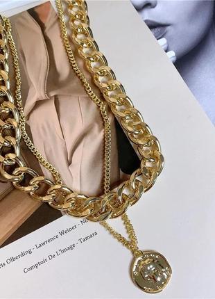 Ожерелье колье чокер цепочка золотистая многослойная с подвеской монета