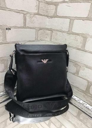 Распродажа мужских сумок из натуральной кожи