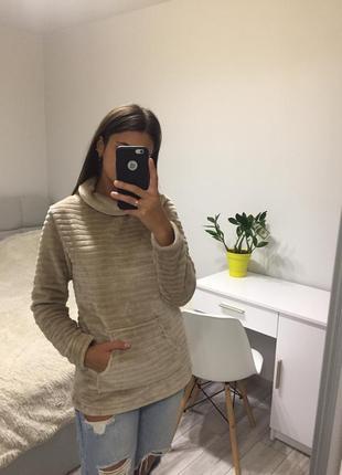 Дуже милий светр