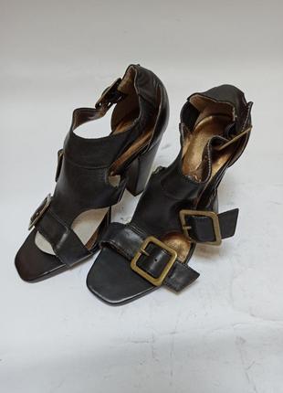 Andre туфли черные.брендове взуття stock